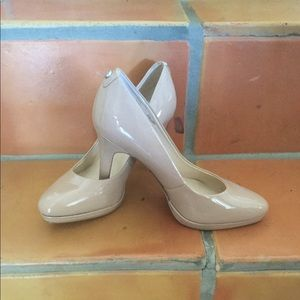 Tahari Gallery Nude Patent Leather Pumps